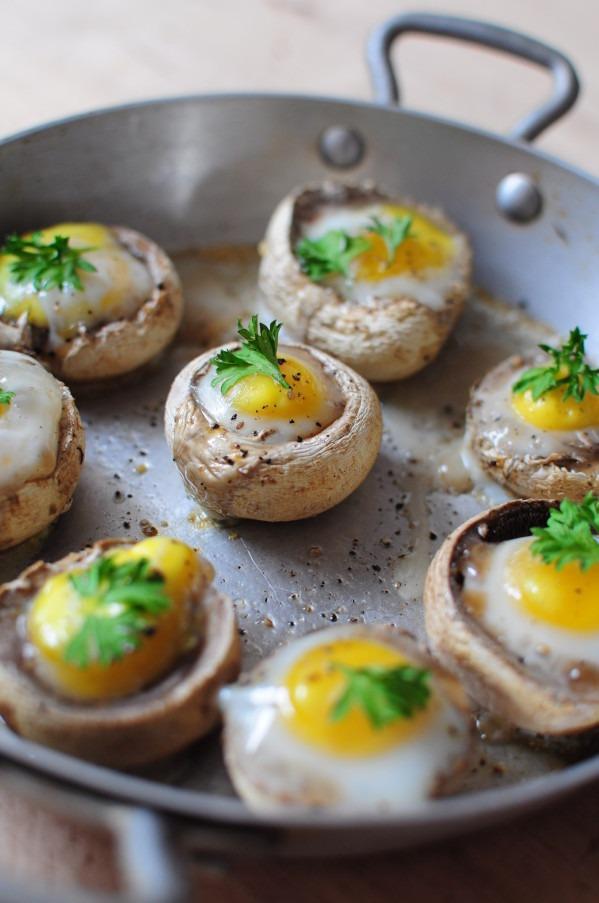 Šampinjoni s prepeličjimi jajci